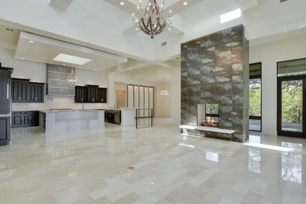 Bright Modern Interior of Texas Style House in Cordillera