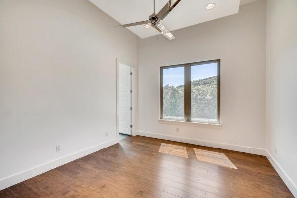 650 Winding Ravine San Antonio-large-023-012-Bedroom-1499x1000-72dpi