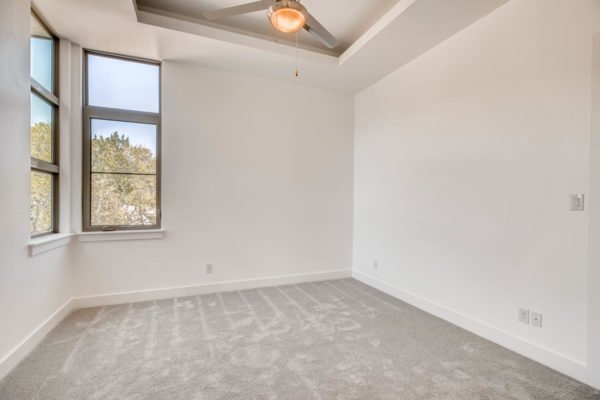 650 Winding Ravine San Antonio-large-026-021-2nd Floor Bedroom-1500x1000-72dpi